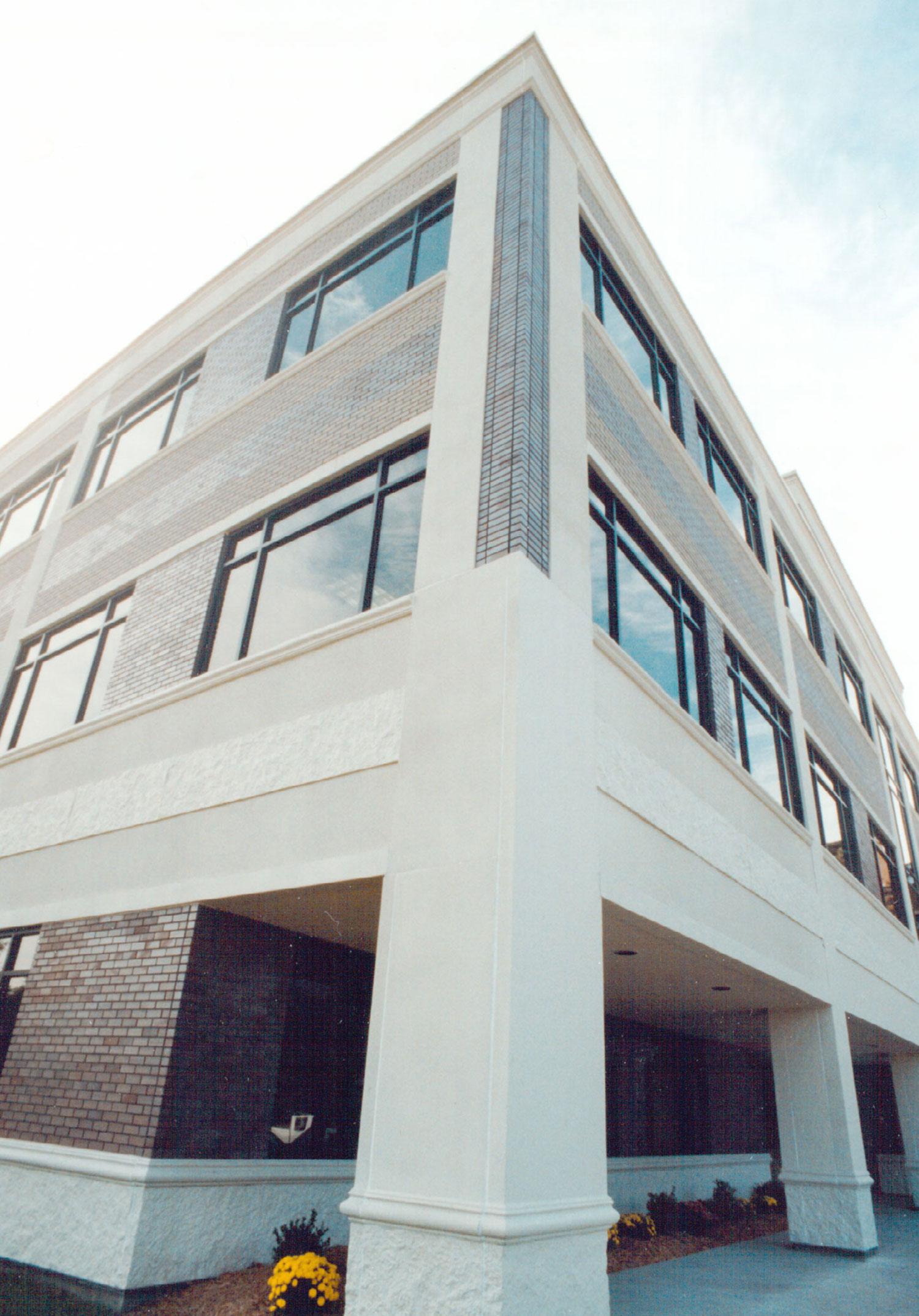 Monroe Bluff Executive Center
